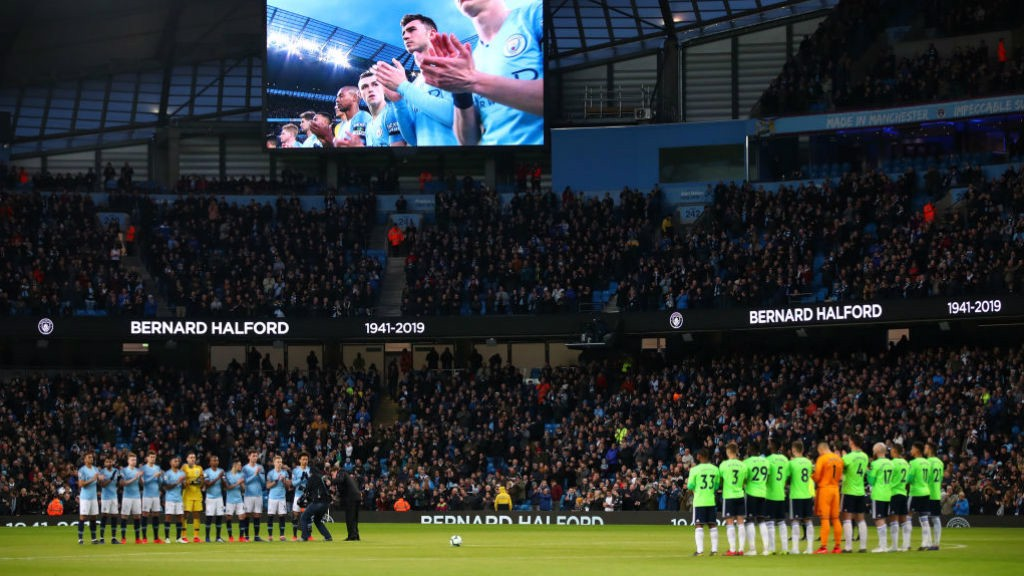 SPECIAL TRIBUTE: Before kick-off both teams and the Etihad fans held a minute's applause in honour of former Life President and Club Secretary Bernard Halford, who passed away last week