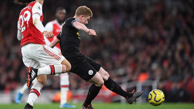 A THING OF BEAUTY: De Bruyne curls home
